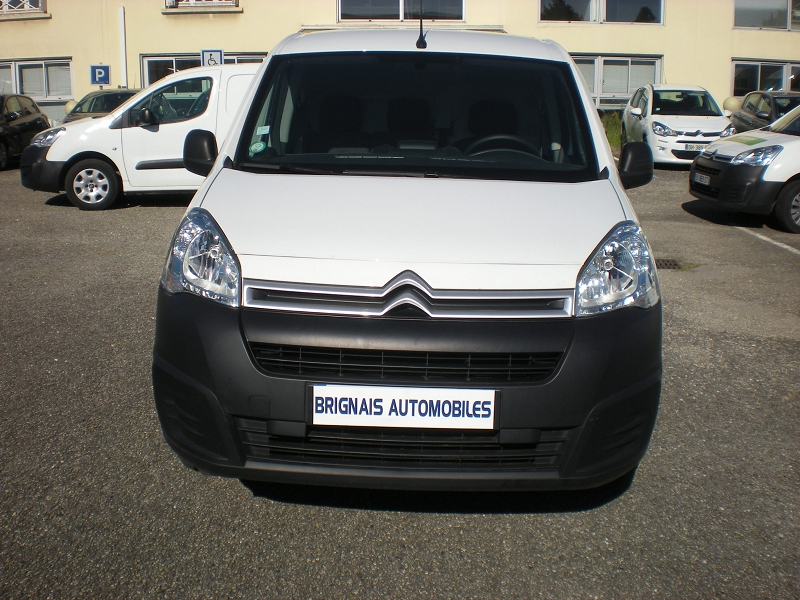 Photo 2 de l'offre de CITROEN BERLINGO M ELECTRIC CLUB à 16900€ chez Brignais automobiles