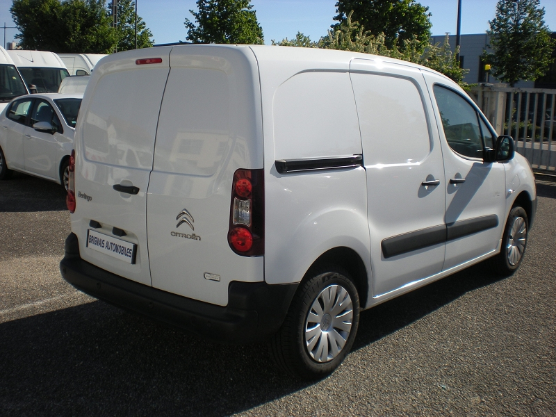 Photo 6 de l'offre de CITROEN BERLINGO M ELECTRIC CLUB à 16900€ chez Brignais automobiles