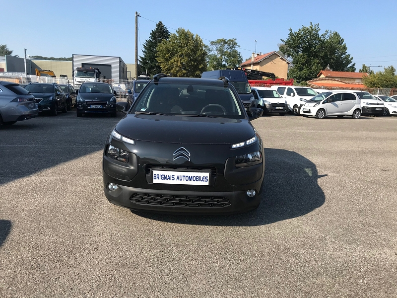 Photo 2 de l'offre de CITROEN C4 CACTUS BLUEHDI 100 FEEL BUSINESS S&S 82G à 11900€ chez Brignais automobiles