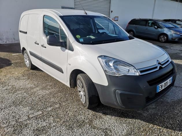 Photo 1 de l'offre de CITROEN BERLINGO M 1.6 BLUEHDI 100 S&S BUSINESS à 11900€ chez Brignais automobiles